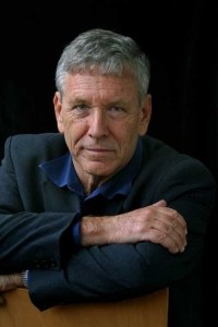 EDINBURGH, SCOTLAND, UNITED KINGDOM: One of the world's greatest writers and thinkers, Israeli author Amos Oz, pictured at the Edinburgh International Book Festival, where he talked about his new autobiographical account of his boyhood in 'A Tale Of Love And Darkness'. The Book Festival, the largest literary festival in the world, runs from 14th-30th August. Photograph © Colin McPherson, 25/08/04. Tel. +44 (0)7831 838717. Email: cmc1964@aol.com